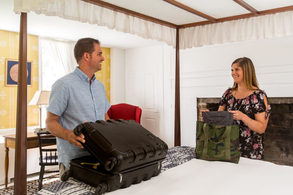 A couple unpacks in their Lodge Room