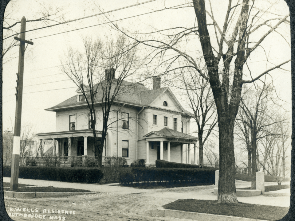A. B. Wells residence, Southbridge, Massachusetts, Image circa early 20th century. Courtesy Jacob Edwards Library, Southbridge, Massachusetts