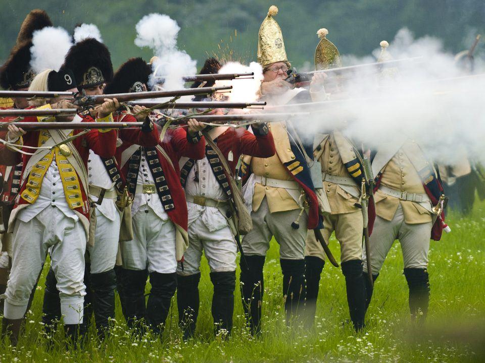 Redcoats & Rebels - Redcoats at Battle
