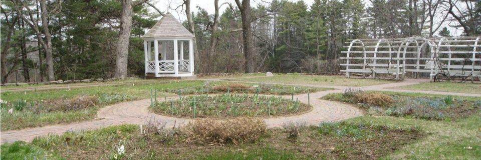 Salem Towne Garden in spring